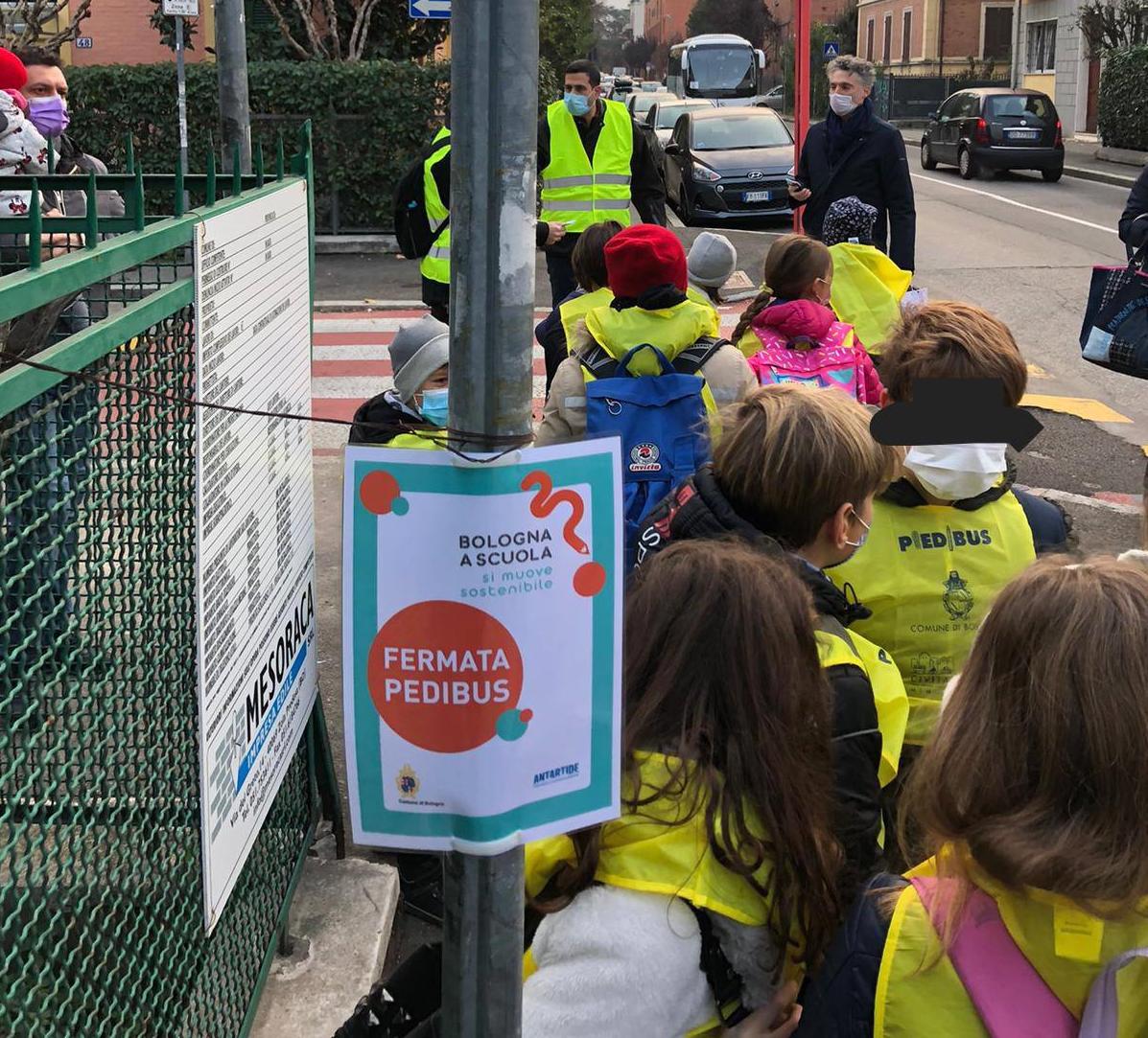 Il Pedibus: si va a scuola in sicurezza